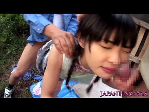 山小屋に拉致された地味な黒髪娘がおまんこと口を同時に犯されるれイプ 動画 38.5度 動画