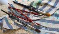 Las herramientas de la artista, los pinceles.