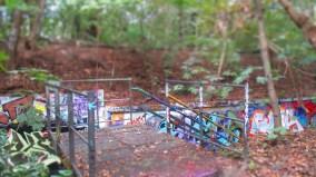 Aussichtsplattform in den Tälchenweg, mit all den Graffitis