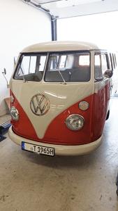 Elektroauto-Umbau-T1-Samba-weiss-orange-mit-eclassics-T1-eKit-elektro-vw-bus---vw-bus-elektro---vw-bulli-elektro---vw-t1-elektro---elektro-bus-vw---Murschel-Electric-Cars