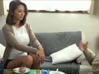 【おばさん】上品なセレブ系熟女妻がナンパされて簡単に肉体関係を持ってるオバチャンノ-パン
