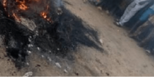 Prison inmate who escaped during the jailbreak in Imo is set ablaze after going back to threaten a family that testified against him in court
