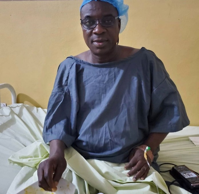 Veteran singer, Kwam 1 pictured in hospital after minor surgery