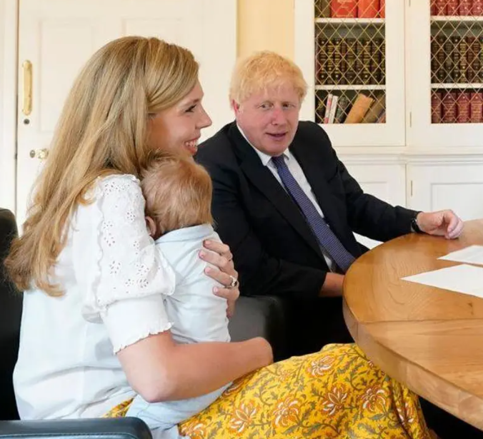 Boris and Carrie Johnson announce they are expecting second child
