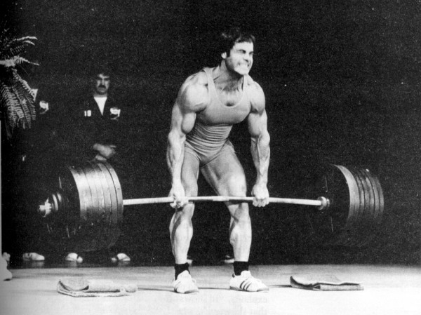 franco-columbu-deadlift