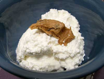 cottage-cheese-and-peanut-butter