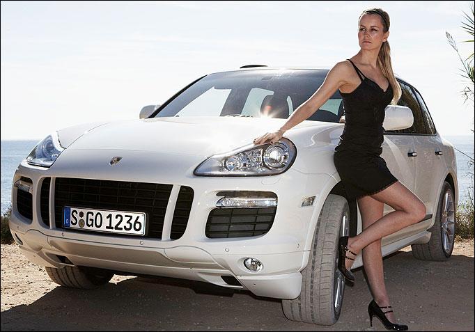 Porsche Babes Muscle Car Babes