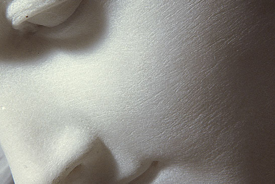 Antonio CANOVA (1757 – 1822)<br/><i>Psyche Revived by Cupid's Kiss</i><br/>Front view (detail)<br/>Marble - H. 1.55 m; L. 1.68 m; D. 1.01 m<br/>MR 1777<br/>Paris, Musée du Louvre