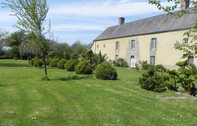 Donville's manor in Meautis an historical monument