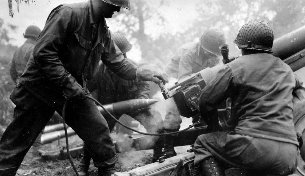 Schlacht in der Normandie, eine Schwenkachse zu verteidigen