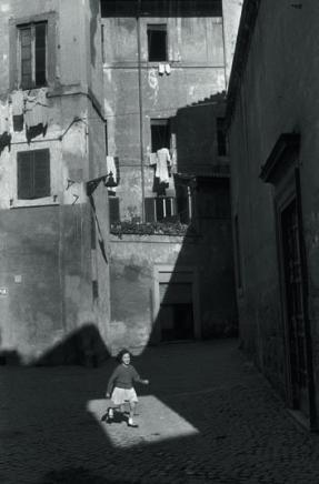 Rome, 1959. © Henri Cartier-Bresson/Magnum Photos-Courtesy Fondation HCB