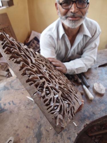 [Kashmir 04] 超絶! 緻密刺繍。ペーパーマシエに胡桃細工 ...