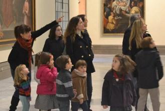Revueloenelmuseo-bellasartes-talleres-museo-sevillaconlospeques