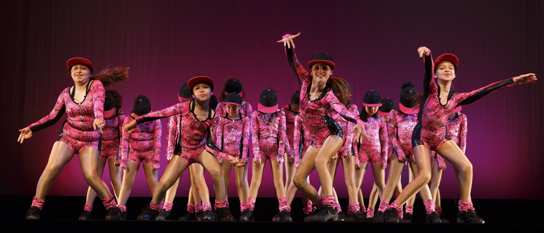 female hip hop dancers in pink posing