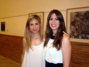 Ada Carapeto y Dori Fernández en la inauguración de la exposición