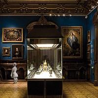 Libro de comentarios a las Visitas a Museo cerrado