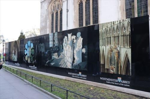 """700年以上も非公開だったギャラリー""""The Queen's Diamond Jubilee Galleries""""のオープンを告知しているようです"""