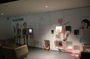 小さな子どもたちの展示コーナー