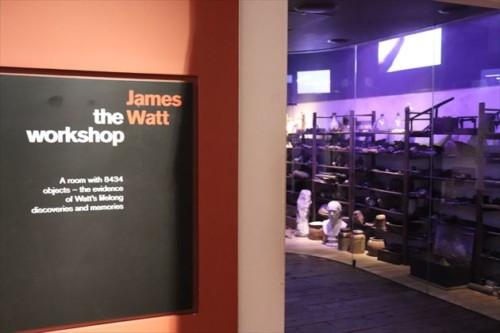 さすがイギリスの科学館。蒸気機関の展示が充実しています