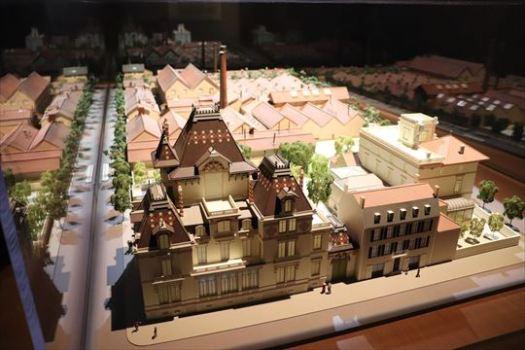 リュミエール博物館となっているリュミエール家の住宅や工場