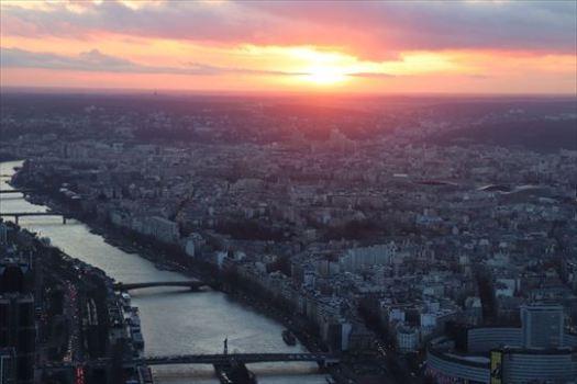 エッフェル塔からの夕日