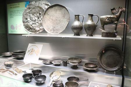 数々の出土品が展示されています