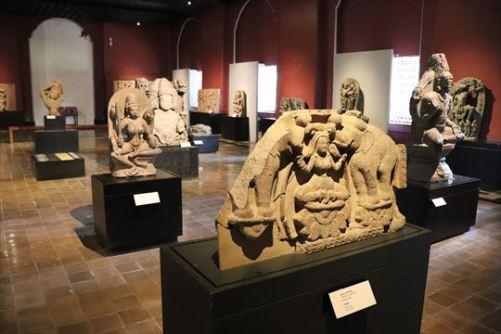 彫刻の展示室