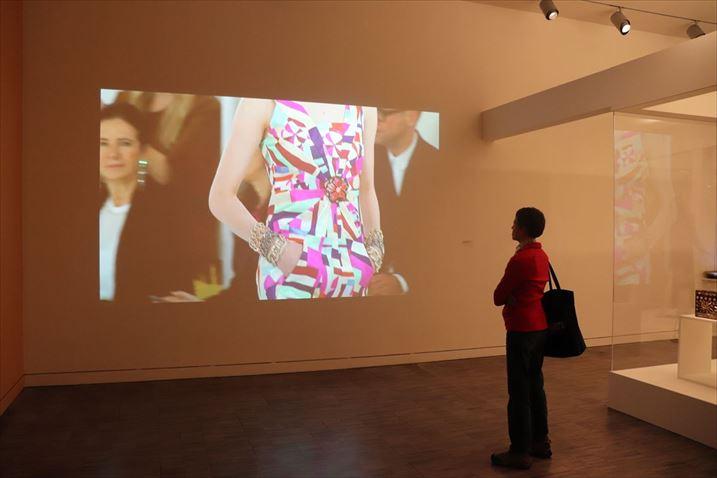 韓国のファッション・デザイナーの企画展
