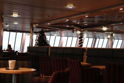 フェリーの船室