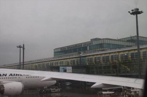 雨の東京国際空港