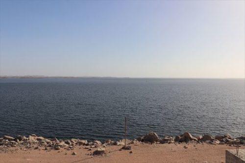 上流側。ナセル湖
