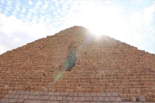 Menkaure'sPyramid3_R