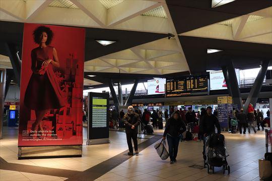 雰囲気のあるナポリ駅