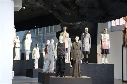 ミラノはファッションの街ですから、このような展示があるのかも