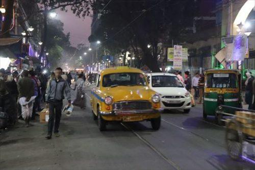 コルカタの街も賑やかでした