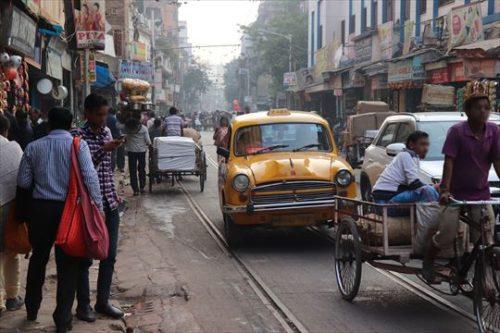 こうしたインドの風景はダメな人にはダメなのでしょうが、私は好きです