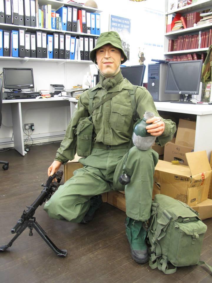 Airborne - militaria display figure