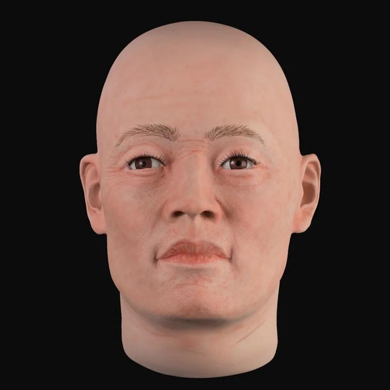 Airbrushed realistic mens head (MHA889)