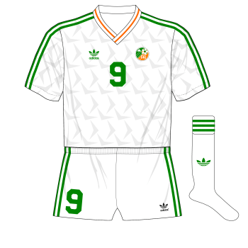 Republic-of-Ireland-1992-adidas-away-jersey-US-Cup-Portugal-white-shorts-01-01