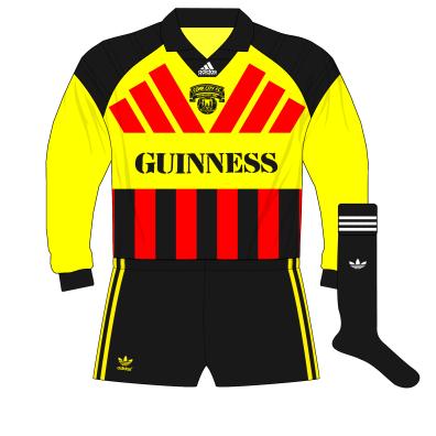 1992-1993-Cork-City-adidas-goalkeeper-kit-red-stripes-01