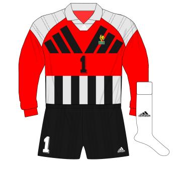 adidas-France-yellow-goalkeeper-gardien-shirt-maillot-Euro-1992-Martini-01.png