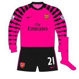 Arsenal-Nike-2010-2011-pink-goalkeeper-shirt-kit-Fabianski