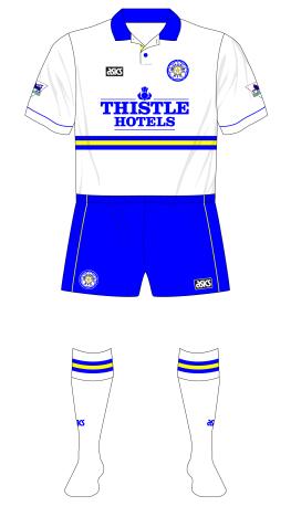Leeds-United-1993-1995-asics-home-kit-blue-shorts-Ipswich-01