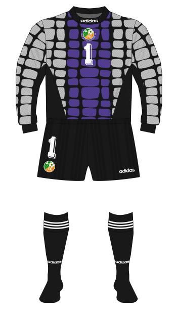 Republic-of-Ireland-1994-adidas-goalkeeper-shirt-World-Cup-Bonner-grey-purple-01