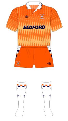 Luton-Town-1989-1990-Umbro-third-kit-white-socks-Coventry-01