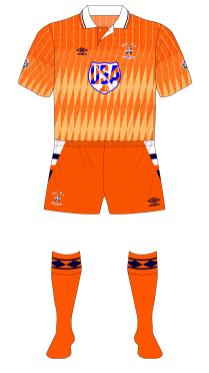 Luton-Town-1991-1992-Umbro-away-kit-USA-2-01