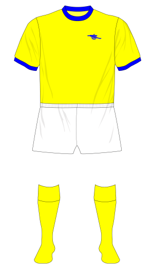 Arsenal-1976-1977-away-kit-white-shorts-Liverpool-01