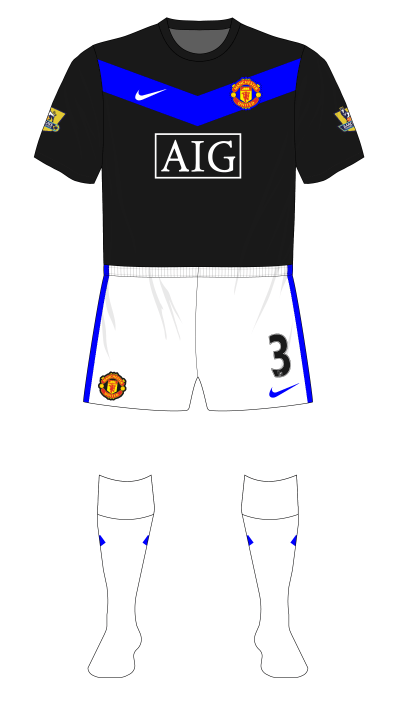 Manchester-United-2009-2010-Nike-away-white-shorts-socks-01