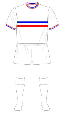 Chelsea-1963-1964-white-horizontal-stripes-01