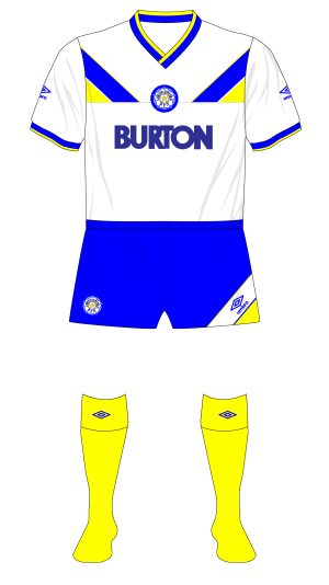 Leeds-Unied-1986-1987-Umbro-home-blue-shorts-yellow-socks-01